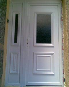 Kétszárnyas bejárati ajtó,Irisz ajtópanel