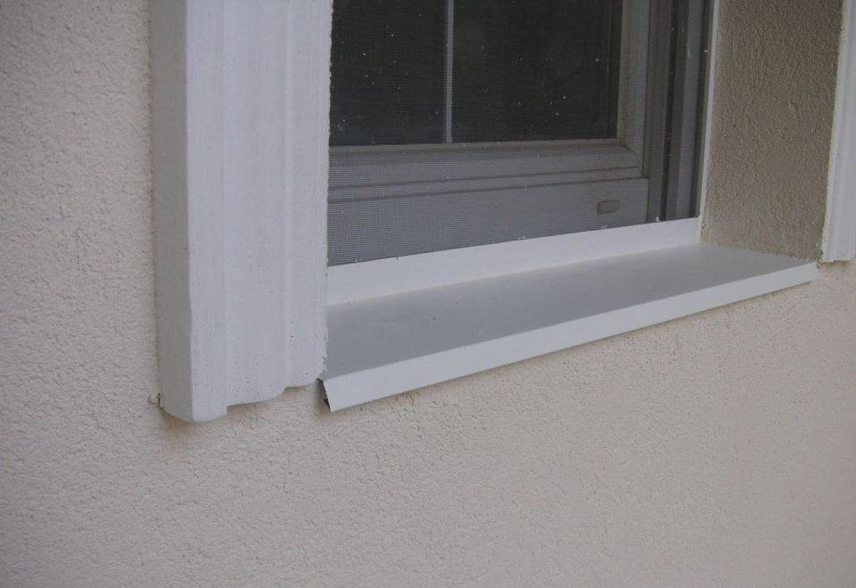 párkány, műanyag párkány, lemez párkány, lindab lemez párkány Szentlőrinc, ablak beépítés baranya megye, ablakos, redőnyös, műanyag ablak beépítés, nyílászáró csere
