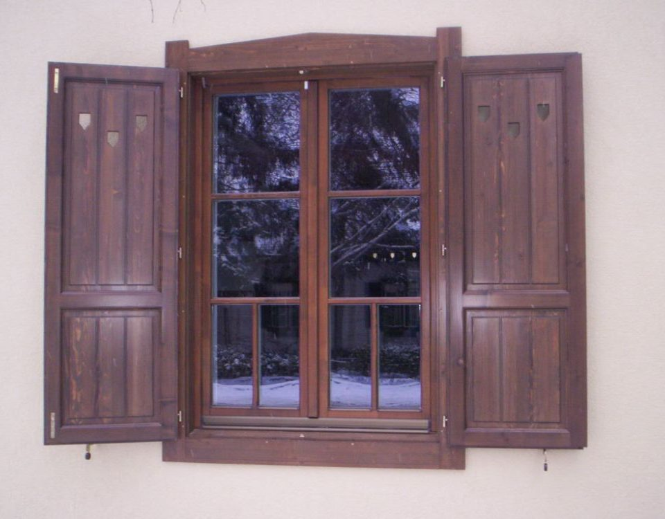 fa ajtó, fa ablak, fa nyílászáró, borovi fa ajtó, borovi fa ablak, borovi fa nyílászáró Kapuvár, Győr moson sopron megye fa ablak csere, fa nyílászáró csere Kapuvár