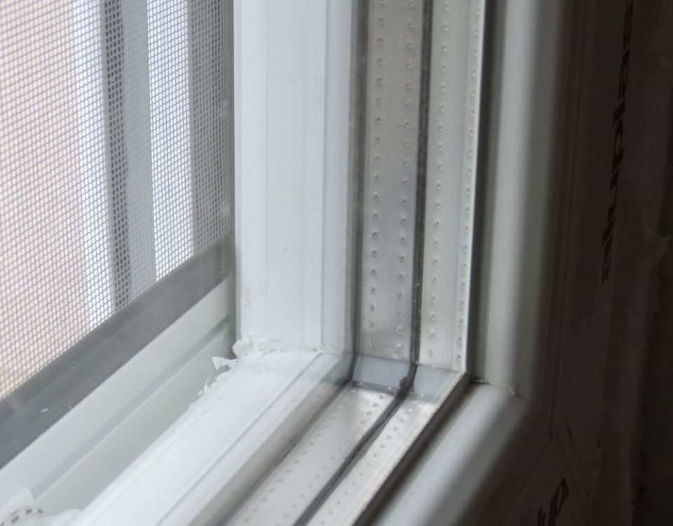 Cece aluplast műanyag ablak, aluplast műanyag nyílászáró, aluplast ideal 4000, aluplast ideal 8000, Fejér megye műanyag ablak, Fejér megye ablakgyártó, ablakos Cece, műanyag ablak redőnnyel