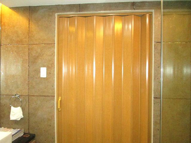 Nyergesújfalu harmonika ajtó, harmonika ajtó komárom esztergom megye, harmonika ajtó beépítés, harmonika ajtó beépítés nyergesújfalu, redőny szerelés, redőnyös, ablakos, fa ablak szerelés