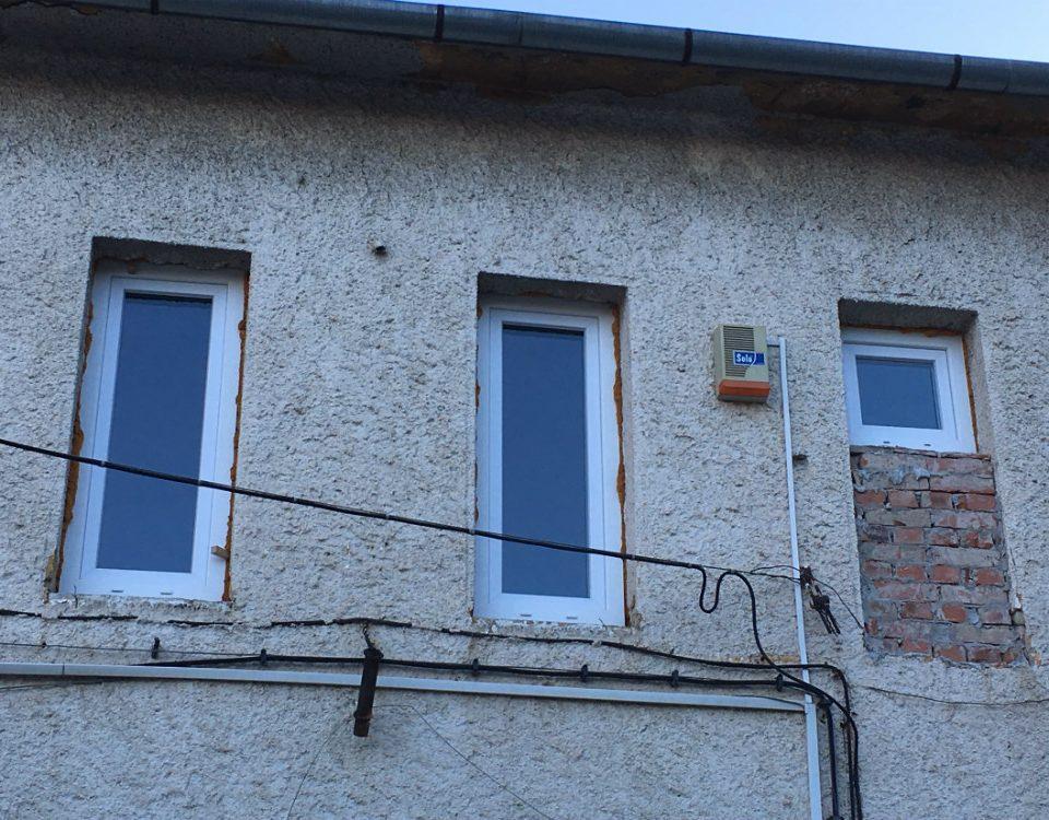 Ablakos Pápa, Pápa műanyag ablak, Veszprém megye műanyag nyílászáró gyártó, Pápa fa nyílászáró ár, fa ablak csere, műanyag nyílászáró csere, kétszárnyú ablak