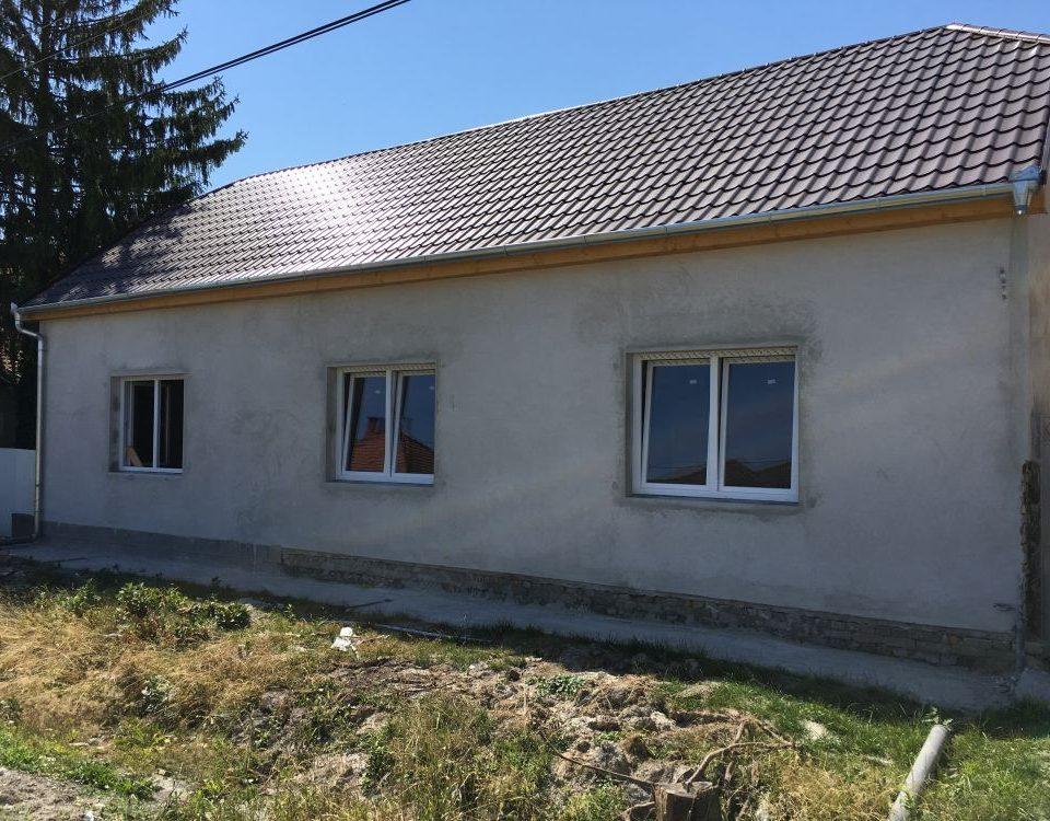 Veszprém megye ablakos, fa ablak árak, fa ablak Várpalota, fa nyílászáró csere, fa nyílászáró Várpalota, ablak Várpalota, nyílászárócsere, Ablakos Várpalota