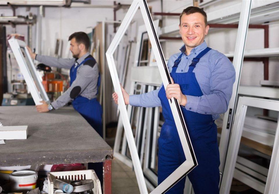 Veszprém megye ablakos,Veszprém megye redőnyös,Veszprém megye árnyékolás,Veszprém megye árnyékolástechnika,fa hatású műanyag nyílászáró,műanyag bejárati ajtó Veszprém megyében,műanyag nyílászárók gyártótól,műanyag ablak árak