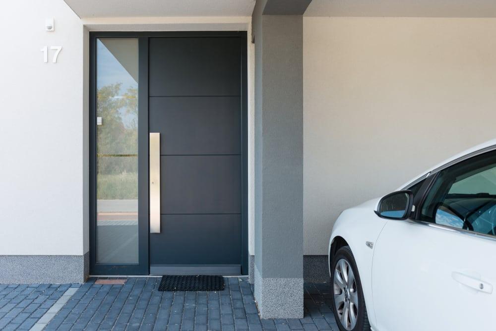 Lengyeltóti ablakos, Lengyeltóti redőnyös, Lengyeltóti árnyékolás, Lengyeltóti árnyékolástechnika, legjobb műanyag bejárati ajtó, legolcsóbb műanyag bejárati ajtók, műanyag bejárati ajtó 6 kamrás, műanyag bejárati ajtó beépítéssel