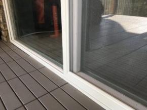 Oldalra tolható szúnyogháló ajtó