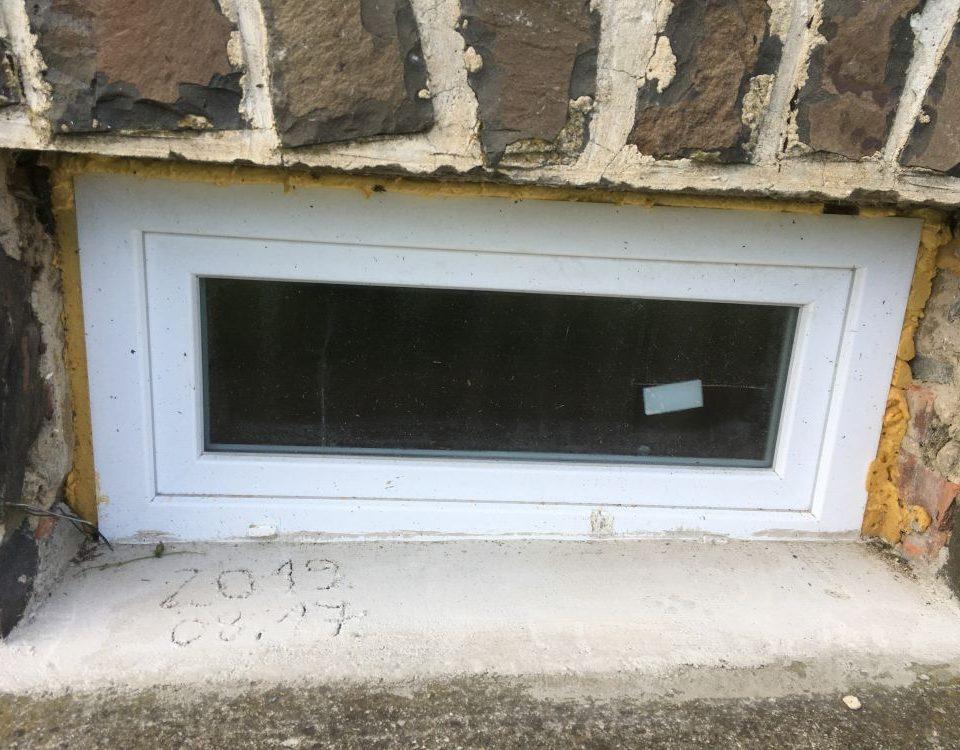 Vas megye ablakos, Vas megye redőnyös, Vas megye árnyékolás, Vas megye árnyékolástechnika, passzívház ablak ár, új ablak árak, ablak a gyártótól, belső redőnytokos ablak