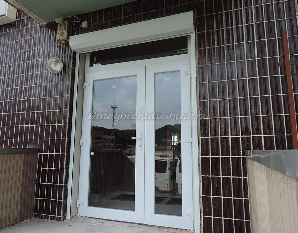 Bács Kiskun megye ablakos, Bács Kiskun megye redőnyös, Bács Kiskun megye árnyékolás, Bács Kiskun megye árnyékolástechnika, trendi bejárati ajtók, új bejárati ajtó, új bejárati ajtó árak