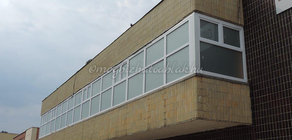 Győr Moson Sopron megye ablakos, Győr Moson Sopron megye redőnyös, Győr Moson Sopron megye árnyékolás, Győr Moson Sopron megye árnyékolástechnika, műanyag nyílászáró ajka
